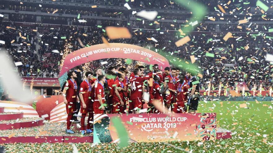 Firmino corona al Liverpool como nuevo rey mundial