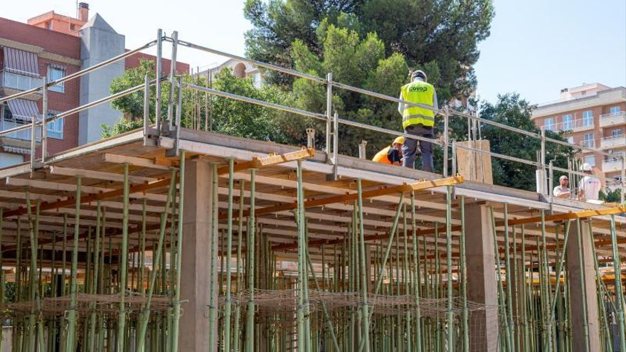 Mislata reinicia las obras de la residencia tras meses paradas por varios litigios