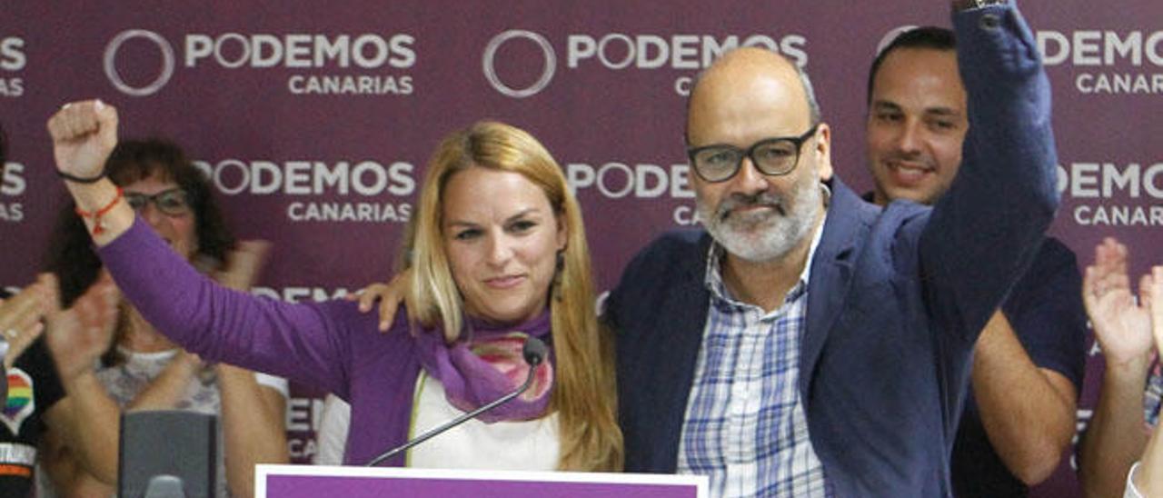 Un grupo de 50 personas promueve que Podemos  pacte con Morales