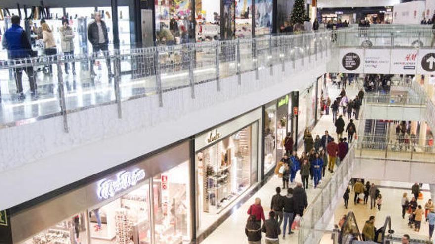 Centros comerciales y supermercados abiertos hoy en València