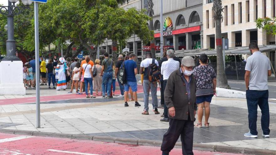 El Rastro municipal reabrirá este domingo con medidas reforzadas de seguridad