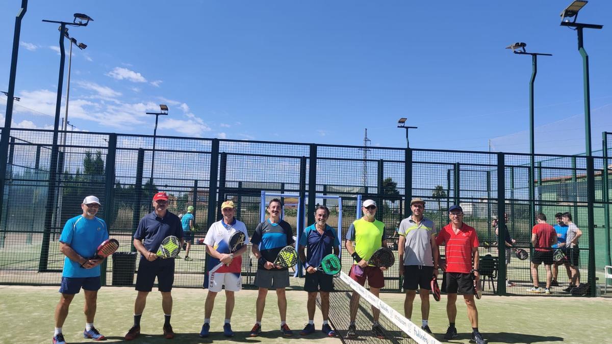 Lleno en el Club de Tenis Castellón en el día de puertas abiertas.