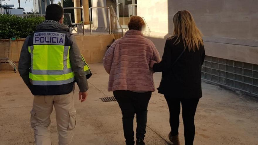 La Policía Nacional detiene a una mujer en Palma que sustraía joyas en la casa donde trabajaba