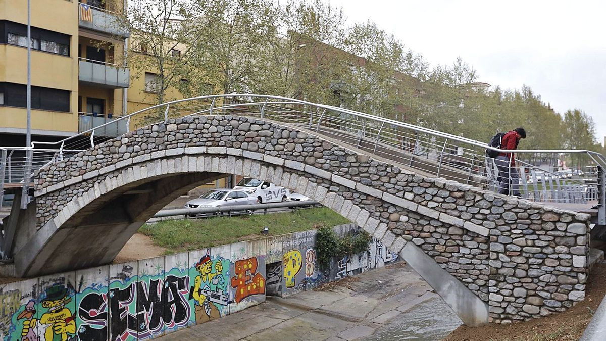 El pont del Dimoni, un dels símbols més emblemàtics de Santa Eugènia.  | A. RESCLOSA