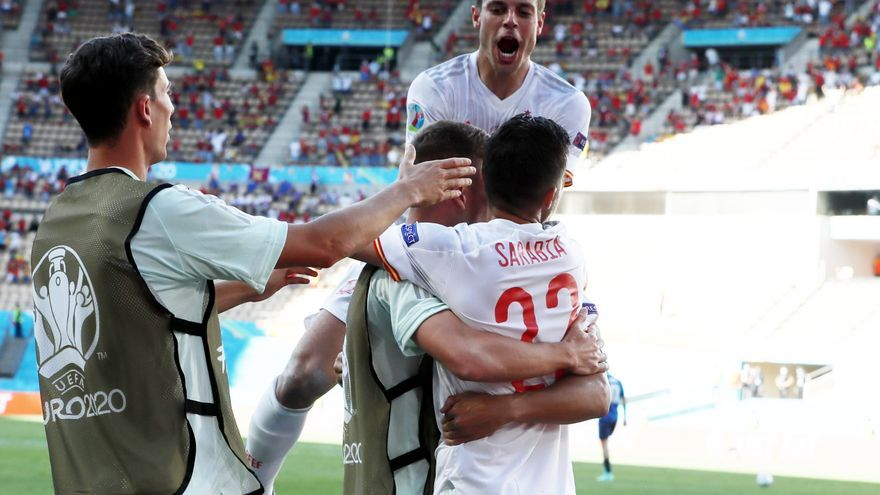 Directo | Pau Torrés mete el quinto gol de España