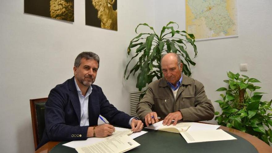 La Diputación mejorará la señalización en la ruta de acceso al yacimiento de Ategua