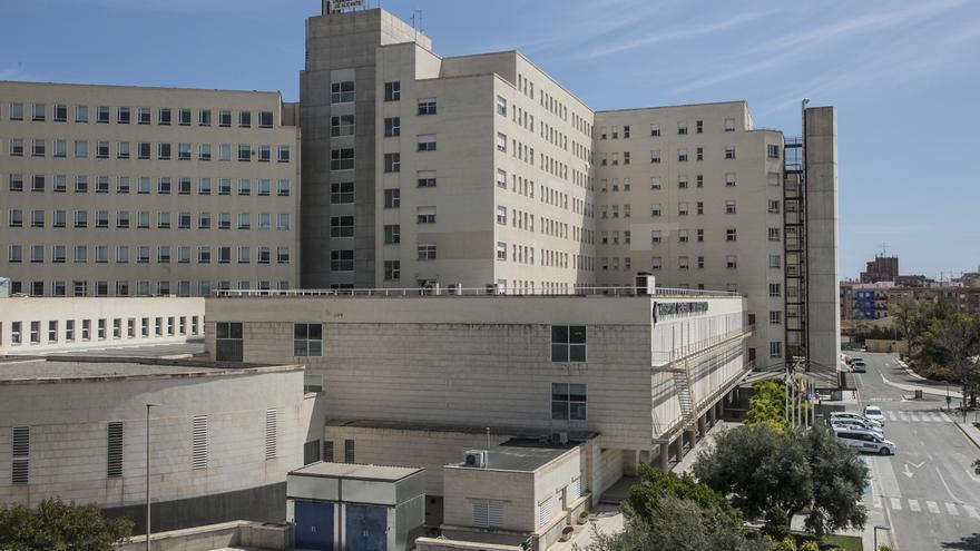 Ingresado por precaución un bebé de dos meses con covid en Alicante