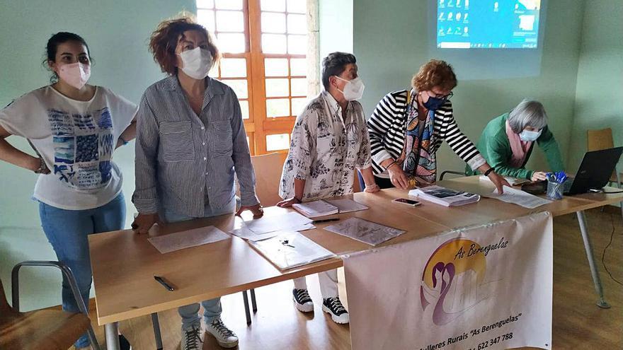 Nueva directiva de la asociación de mujeres del rural As Berenguelas