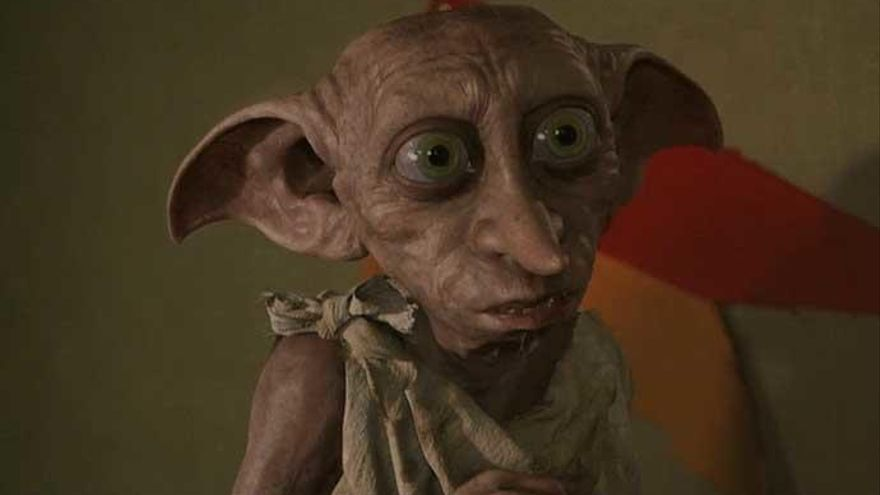 Dobby, el elfo doméstico de Harry Potter.