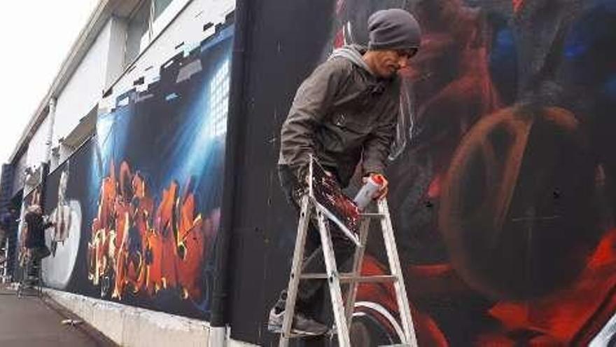 El sol deja iniciar el grafiti de Coto Ferreiro