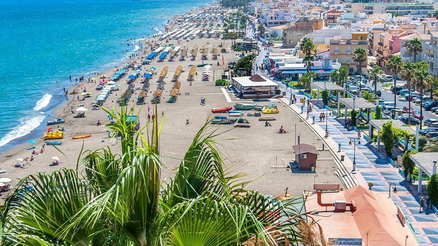 Torremolinos lidera en agosto el turismo en la Costa del Sol con 120.000 visitantes