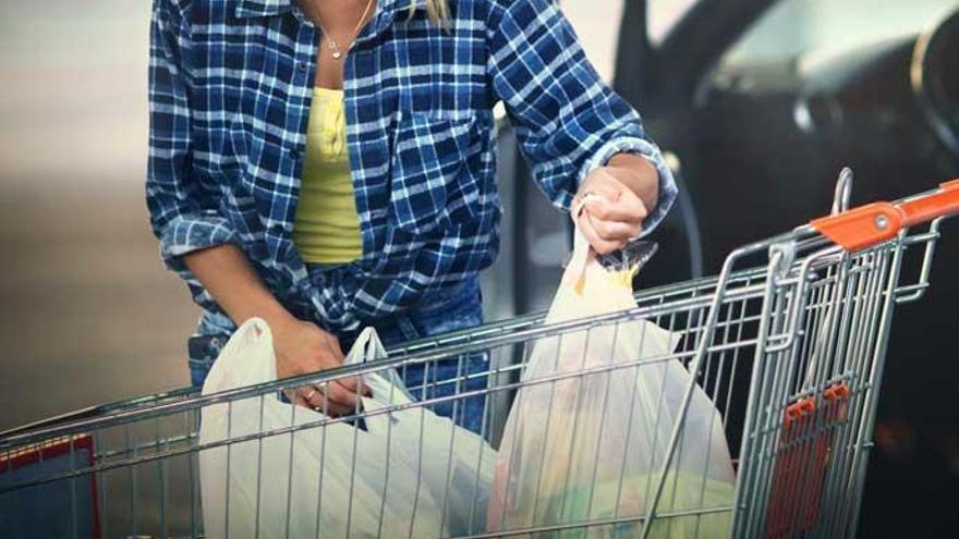 ¿Cuánto nos van a cobrar por las bolsas de plástico?