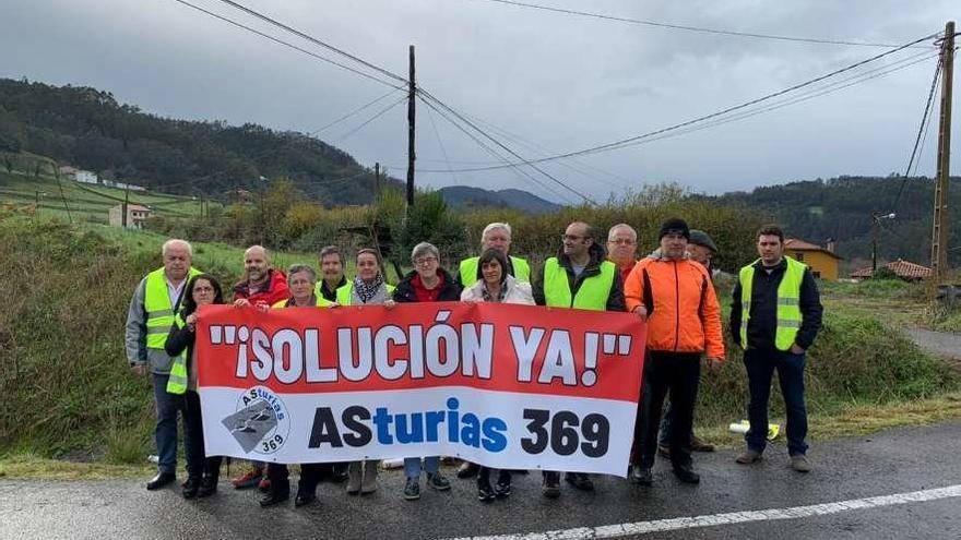 """Nuevo corte de carretera entre Pravia y Salas: """"La partida para la obra es poco"""""""