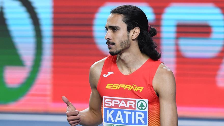 Mohamed Katir acaba 24 años después con el récord de España de 1.500 de Fermín Cacho