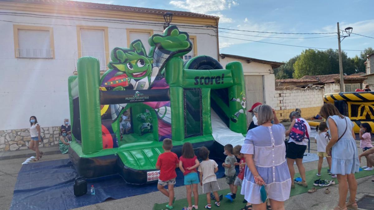 Actividades para los niños en Abraveses de Tera. / E. P.