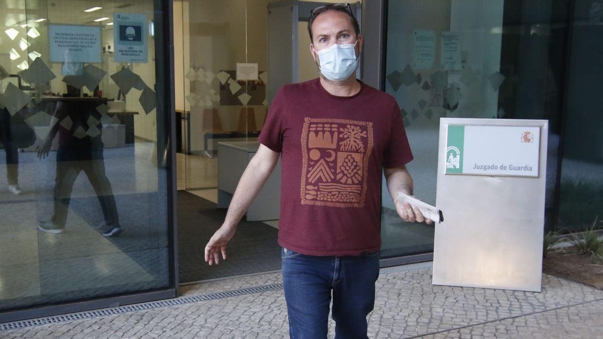 Juan Alcántara, este martes a su salida de la Ciudad de la Justicia.
