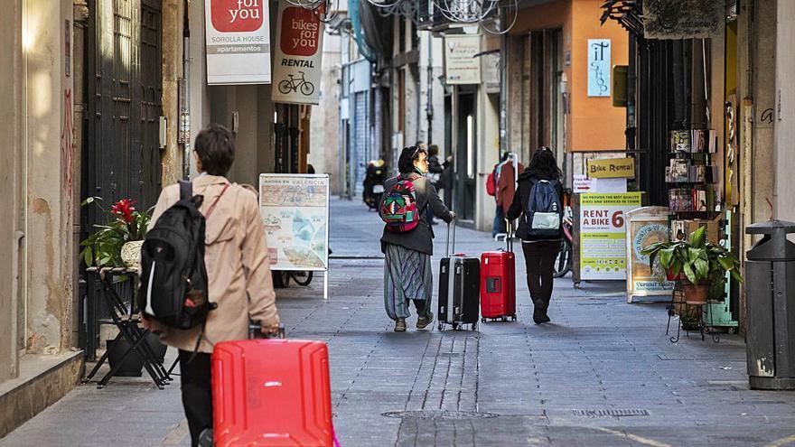 Vivienda propone que los apartamentos turísticos pasen a tener un uso social