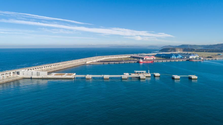 Inditex entra en el puerto exterior de Langosteira: pide una concesión para aerogeneradores