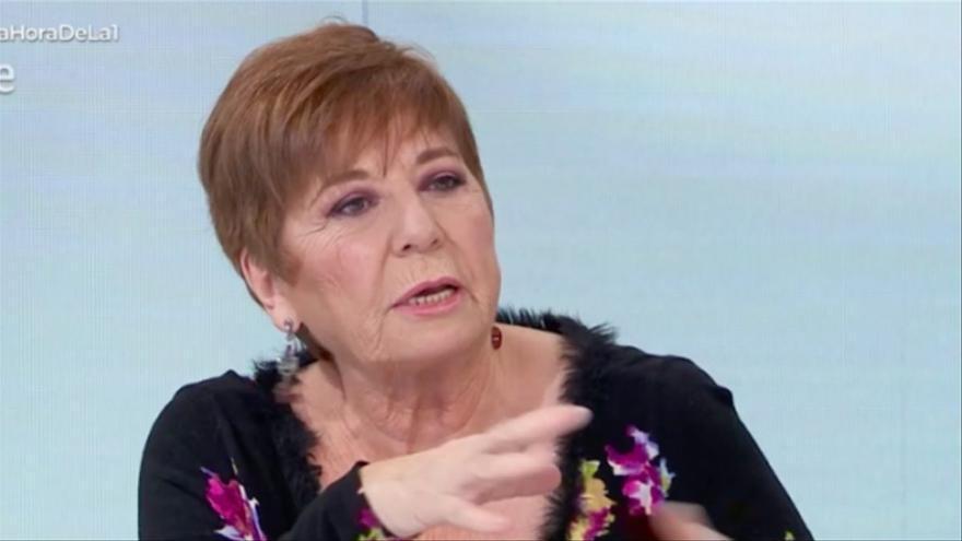 """Indignación en redes con Celia Villalobos en 'La hora de La 1': """"También hay madres que matan a sus hijos"""""""