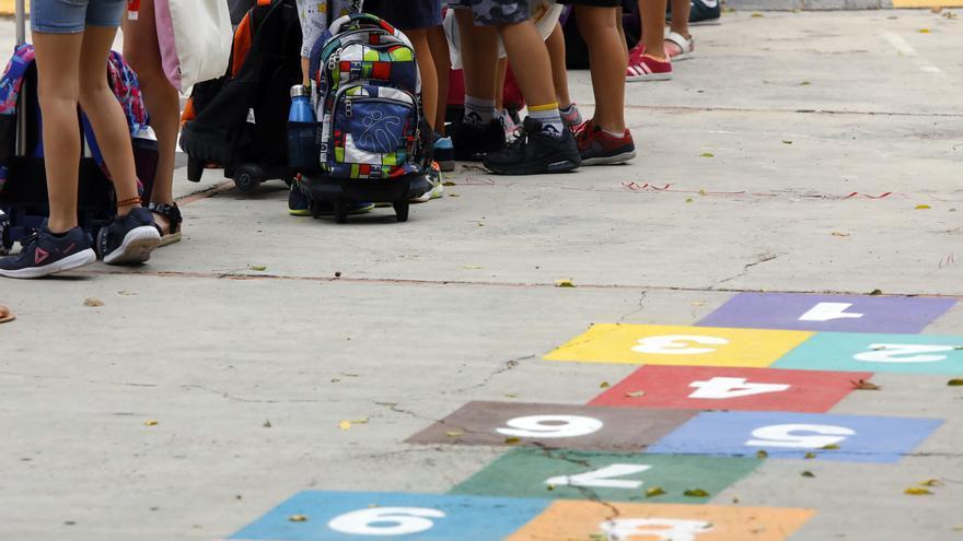 El contagio de alumnos en la provincia baja de 97 a 39 en una semana