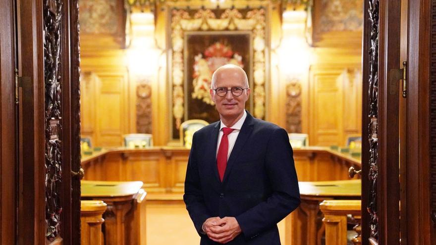 Bürgermeister von Hamburg fordert strengere Regeln bei Einreise