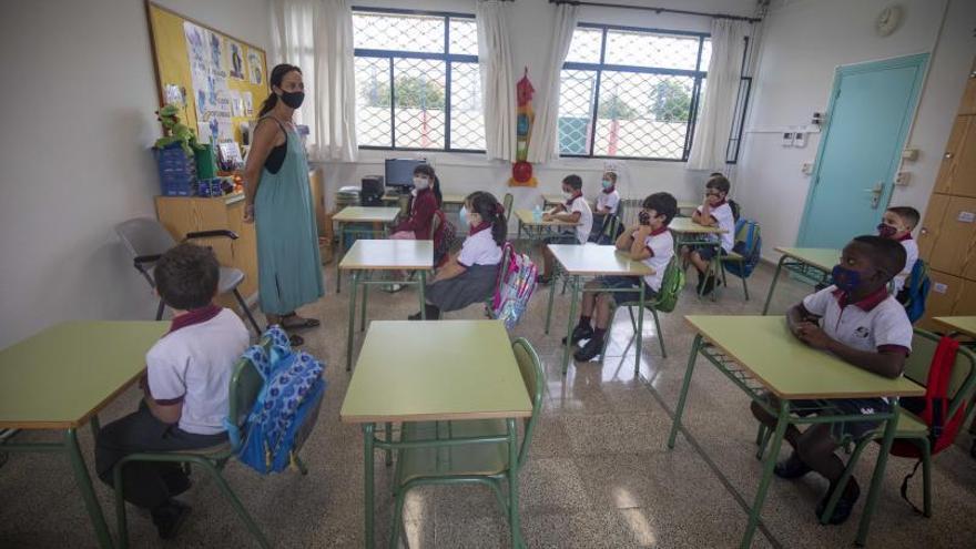 Muchas docentes, menos directoras