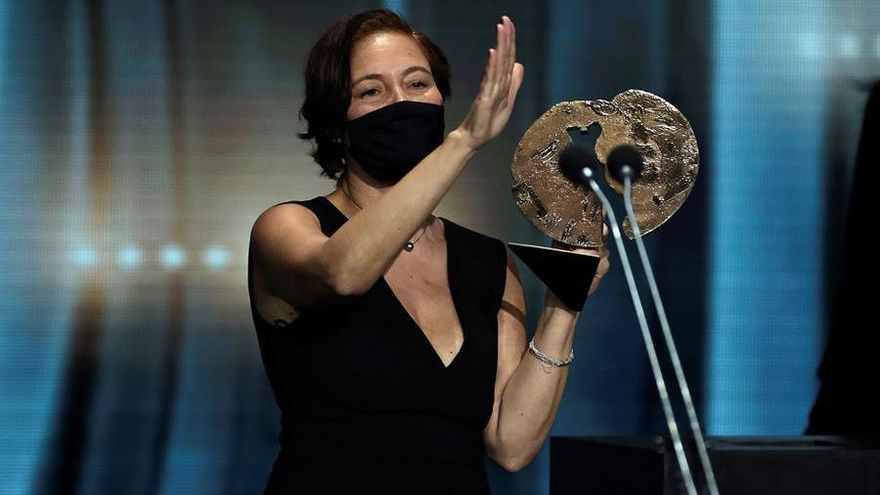 'Las niñas' y 'Antidisturbios' triunfan en los Premios Forqué