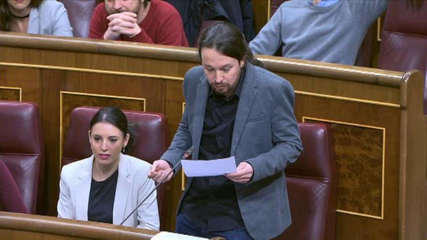 """Iglesias dice que a Rajoy """"se la bufa"""" el Congreso"""