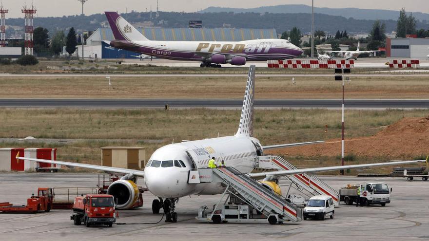 Vueling instala un tercer avión en València y lanzará una nueva ruta a Londres