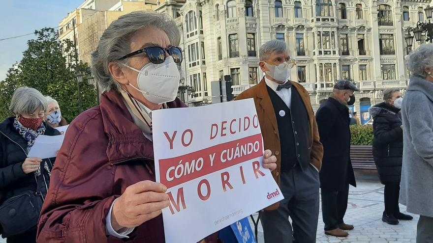 """Derecho a Morir Dignamente celebra la aprobación de la ley de eutanasia en el Congreso: """"Hoy es un gran día"""""""