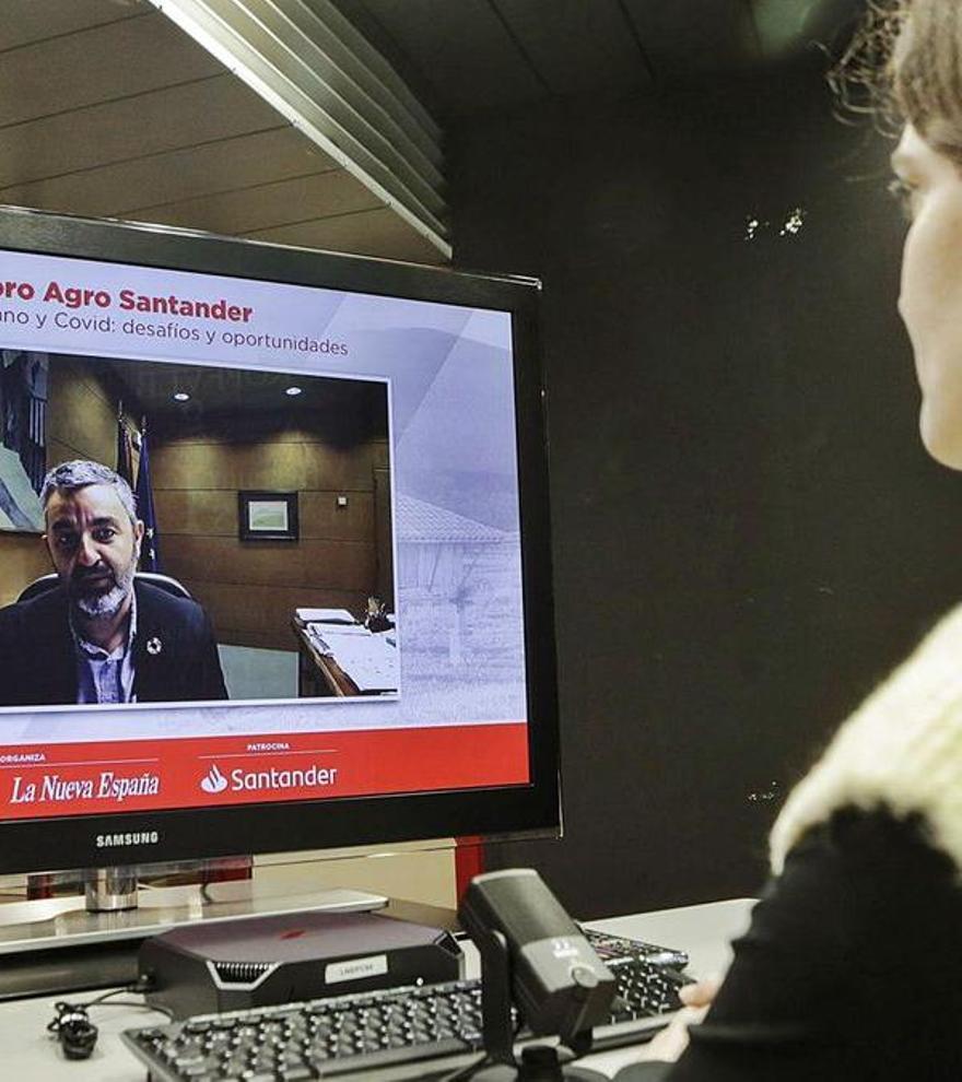 """Hacer """"más comercial"""" la producción de calidad, uno de los retos del campo asturiano"""