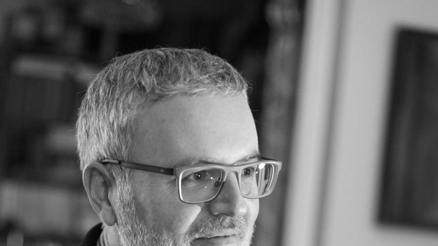 El malagueño Antonio Fontana gana el premio Café de Gijón de novela