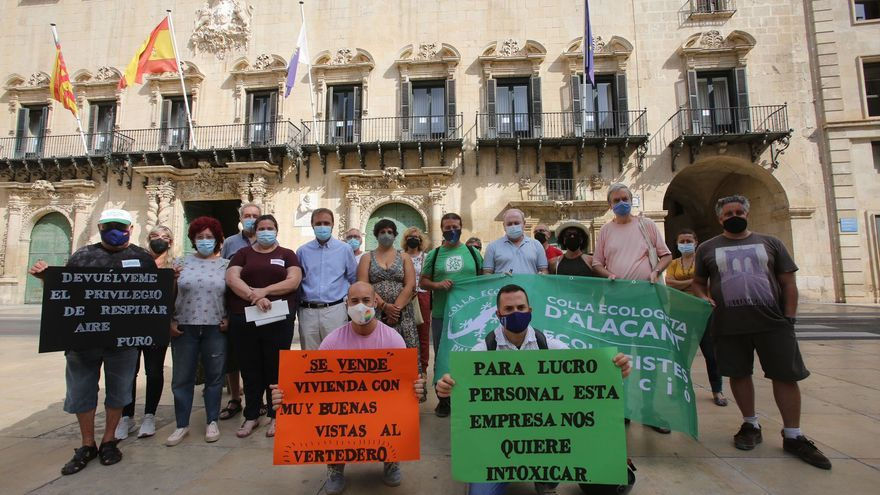 Protesta en Alicante contra las plantas de tratamiento de residuos en el valle de Fontcalent