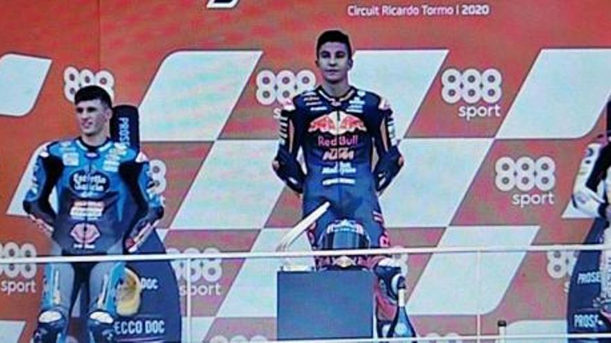 El Mundial de Moto3 se pone al rojo vivo en Cheste