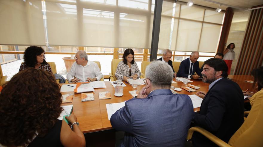 El pago de la deuda del Teatro Principal centrará la reunión clave del día 14