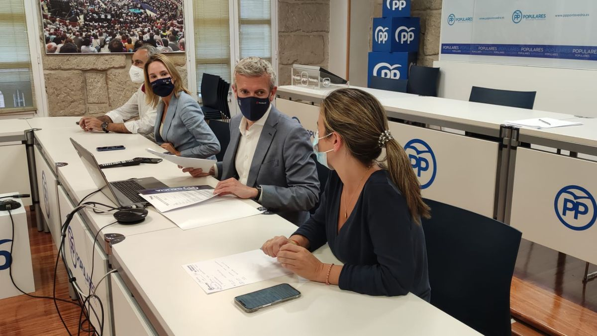 Reunión del ejecutivo provincial celebrada anoche y que encabezó Alfonso Rueda/ FdV