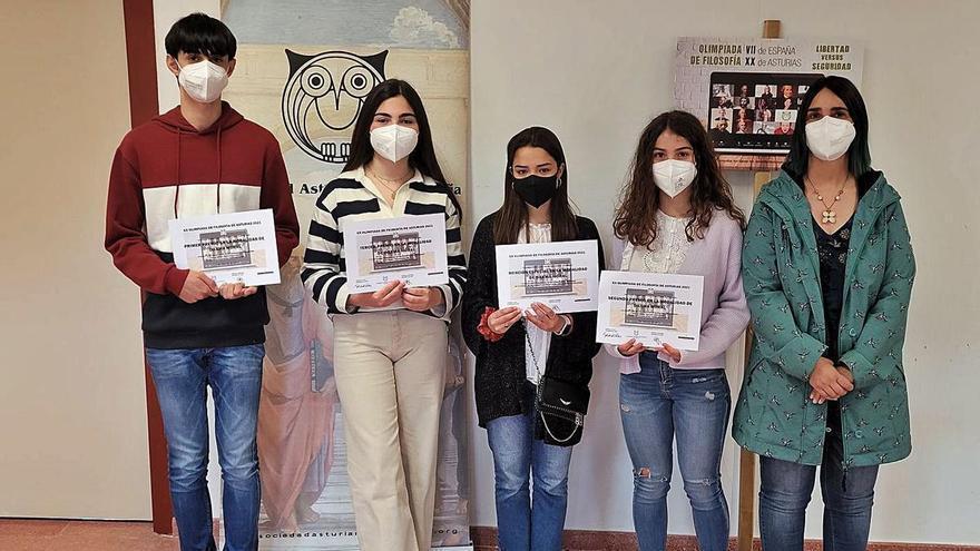 Cuatro alumnos de Ribadesella ganan la XX Olimpiada de Filosofía