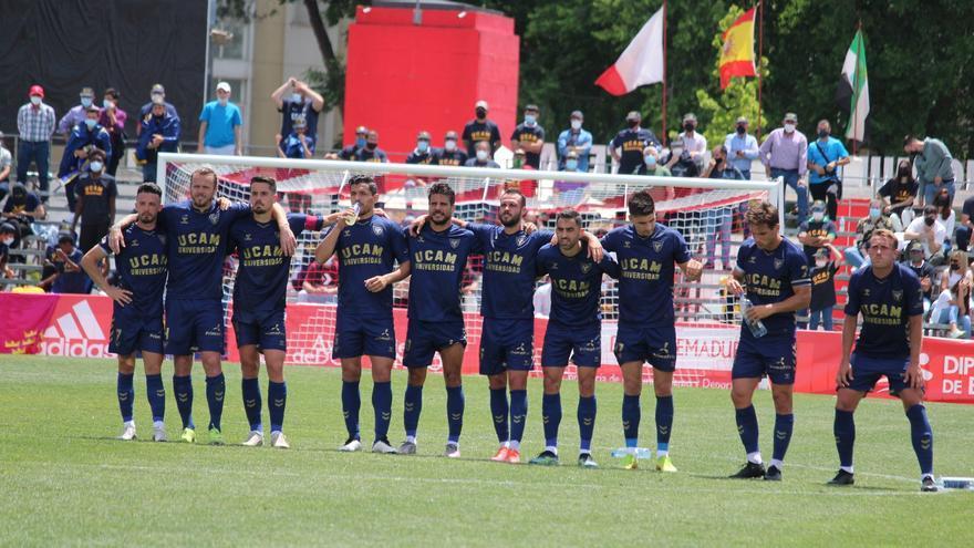 El UCAM Murcia se medirá al Ibiza en la final por el ascenso