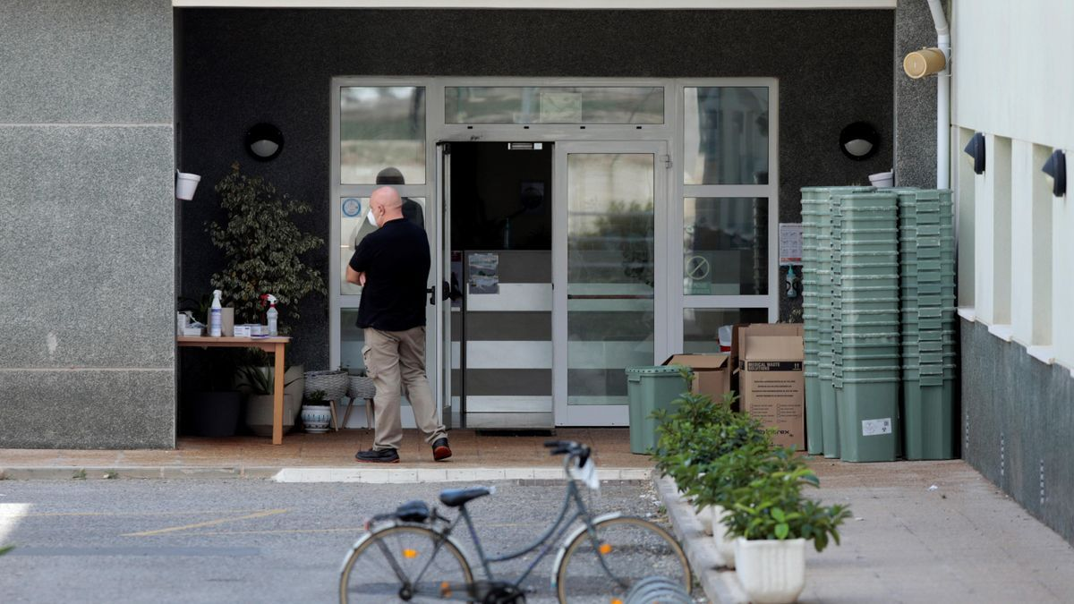 Sanidad interviene una residencia en El Puig con 138 afectados de covid-19