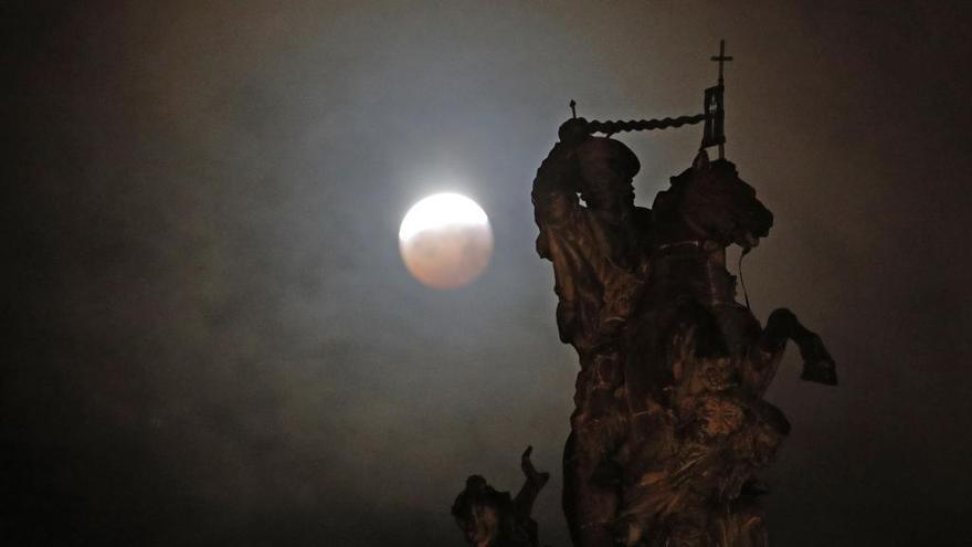 Galicia se prepara para un eclipse lunar: ¿cuándo podrás verlo?