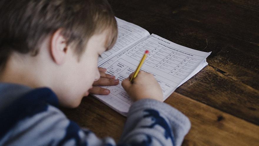 ¿Tu hijo tiene dislexia? 10 claves para comprenderle y educarle