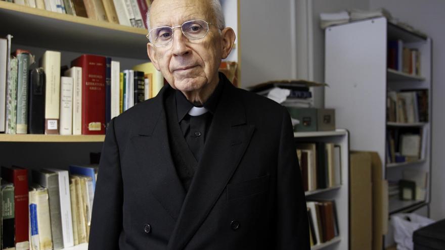 Muere Celso Rodríguez Fernández, exdecano de Humanidades de la Universidad de Vigo
