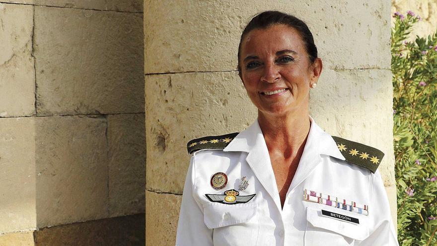 """Ana Betegón Sanz: """"Los rastreadores militares buscamos contactos, no ejercemos de policías detrás de los confinados"""""""