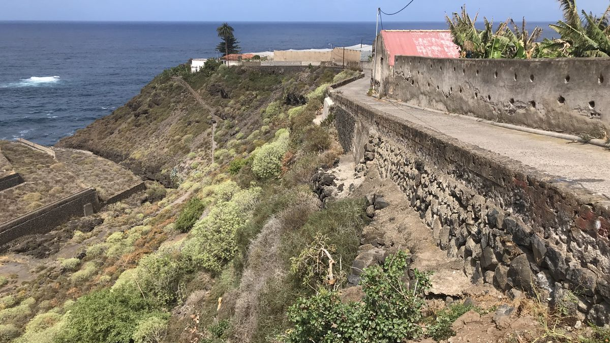 Vía de acceso a la playa del Bollullo, en La Orotava