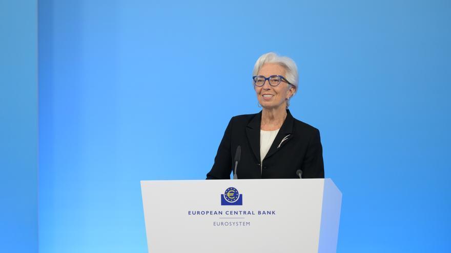 Lagarde adelanta la recuperación de la eurozona al primer trimestre de 2022