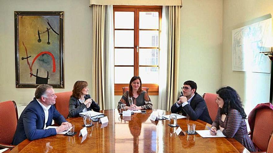 Madrid da 13,5 millones de euros extras a Baleares para políticas de empleo juvenil
