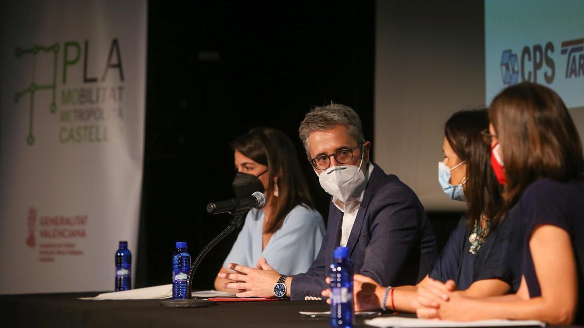 El conseller Arcadi España presentó el plan en Almassora.