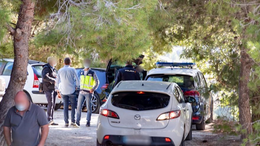 Muere el hombre que recibió tres tiros en Dénia y la policía captura a una pareja por el crimen