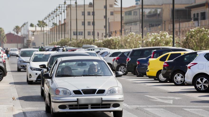 Bruselas obligará a los fabricantes de coches a reducir un 30 % sus emisiones