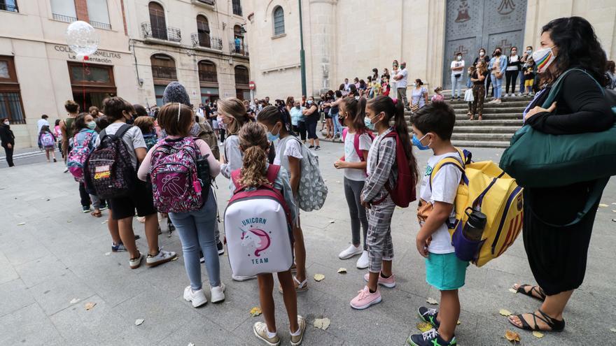Más de 11.000 estudiantes inician el curso en Alcoy entre estrictas medidas para prevenir el covid